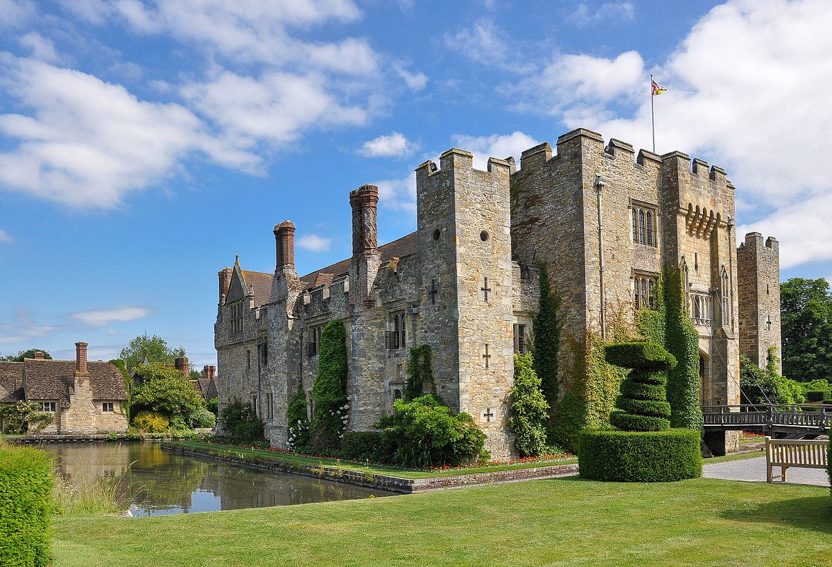 Hever Castle Photo Booth Hire